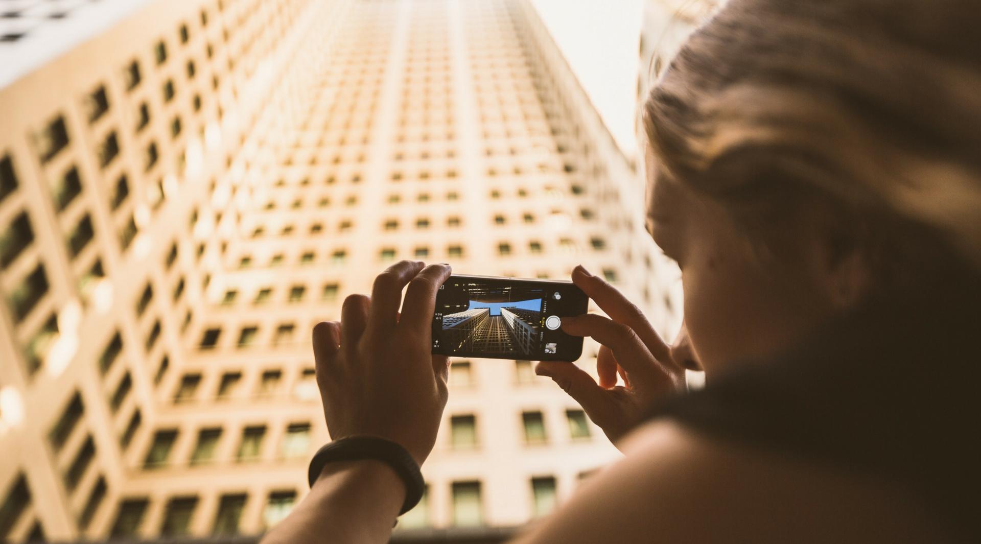 https://bizmujer.com/13-tips-para-promocionar-tu-negocio-en-instagram/